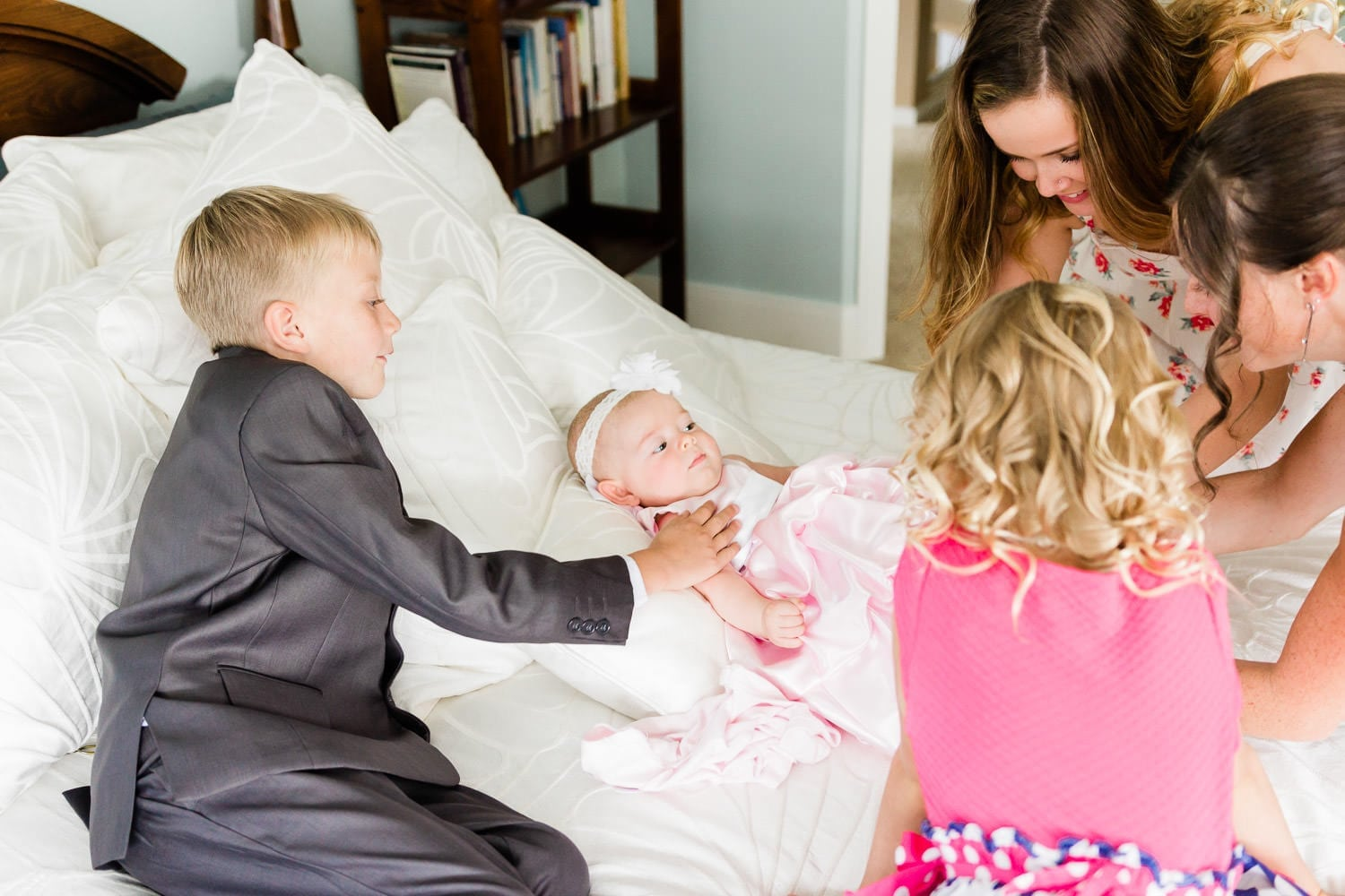 Family getting ready for a wedding | Vancouver wedding photographer
