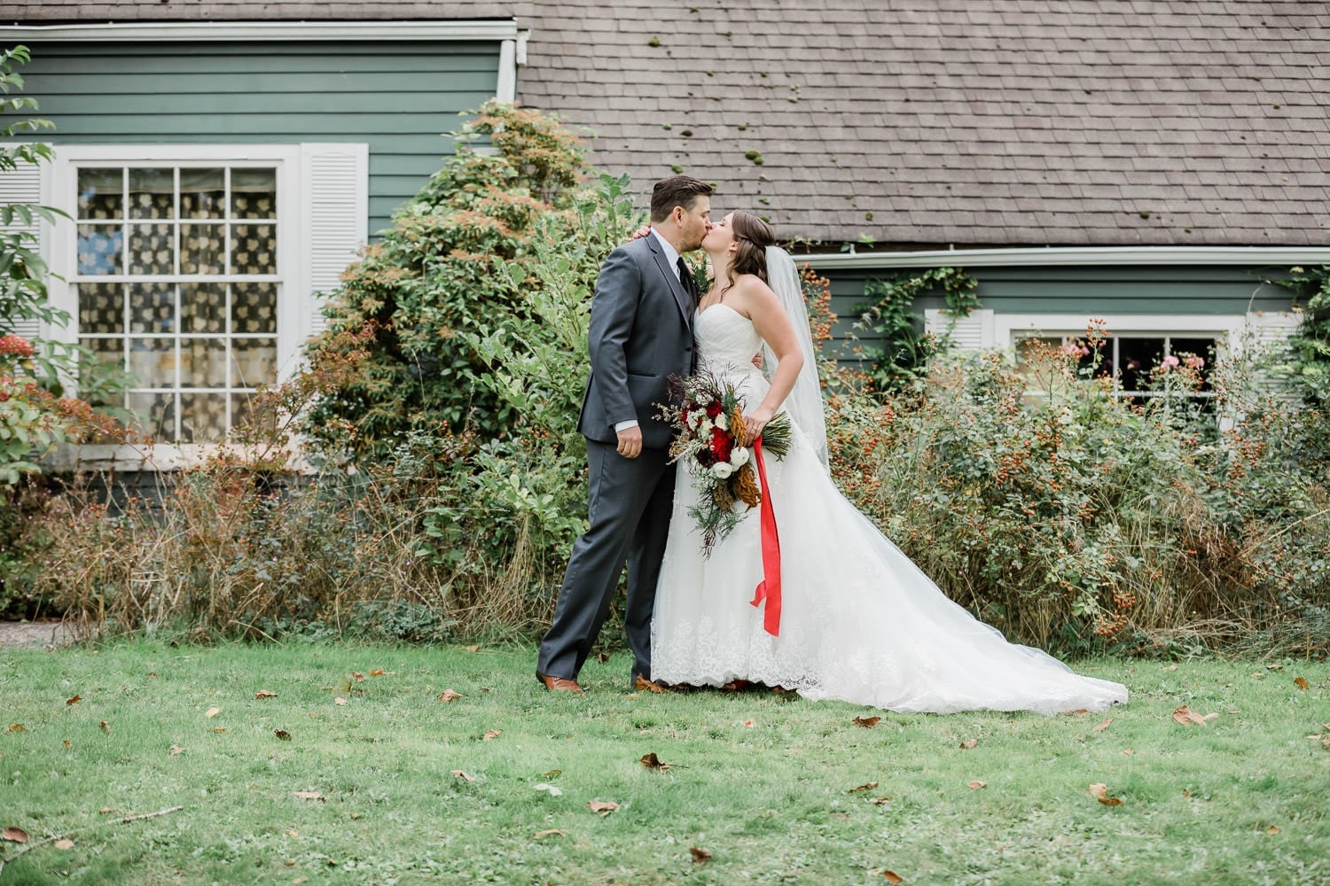 Rustic backyard wedding picture with bride and groom | Vancouver wedding photographer