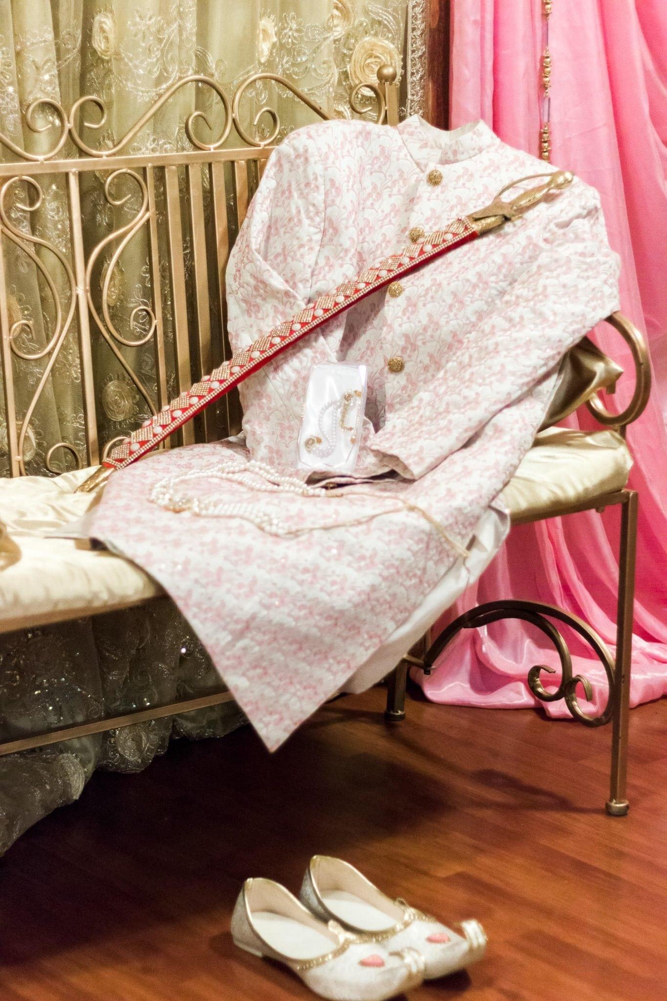 Indian groom achkan and kirpan | Indian wedding photography Vancouver