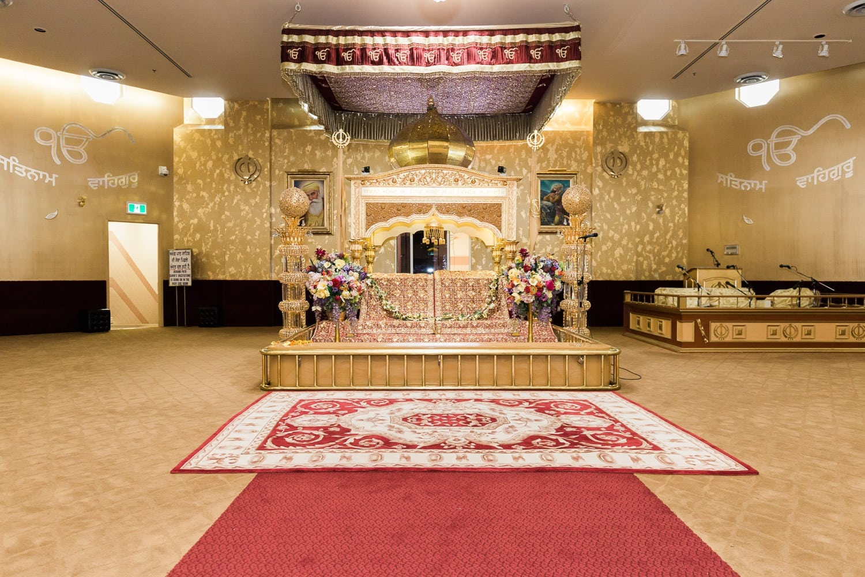 Gurdwara Nanak Niwas before wedding ceremony | Indian wedding photography Vancouver